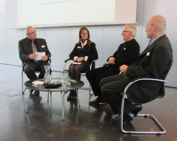 v.l.n.r.: Alexander Schwab, Astrid Eggensberger, Prof. Roland Dieterle, Stephan Suxdorf