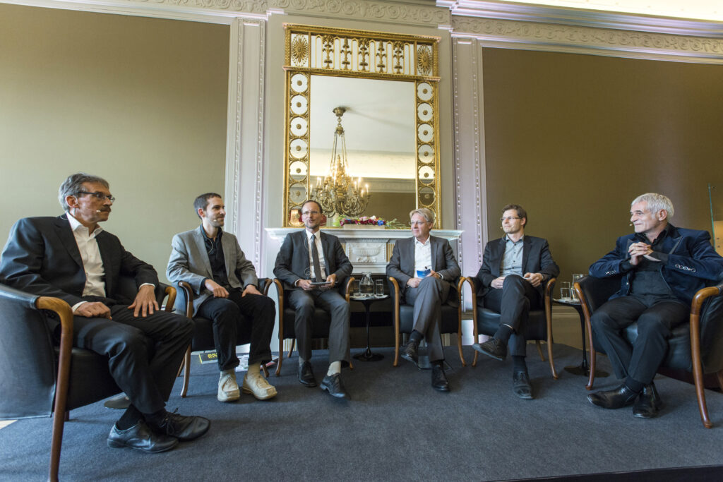 v.l.n.r.: Mark Würth, Friedrich May, Frank Peter Jäger, Andreas Galli, Dirk Böttcher, Prof. Ralf Niebergall