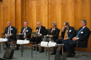 v.l.n.r.: Miguel Berger, Vera Schmitz, Rüdiger Otto, Staatsministerin Prof. Dr. Maria Böhmer, Dr.-Ing. Volker Cornelius, Barbara Ettinger-Brinckmann, Hans-Joachim Bliss