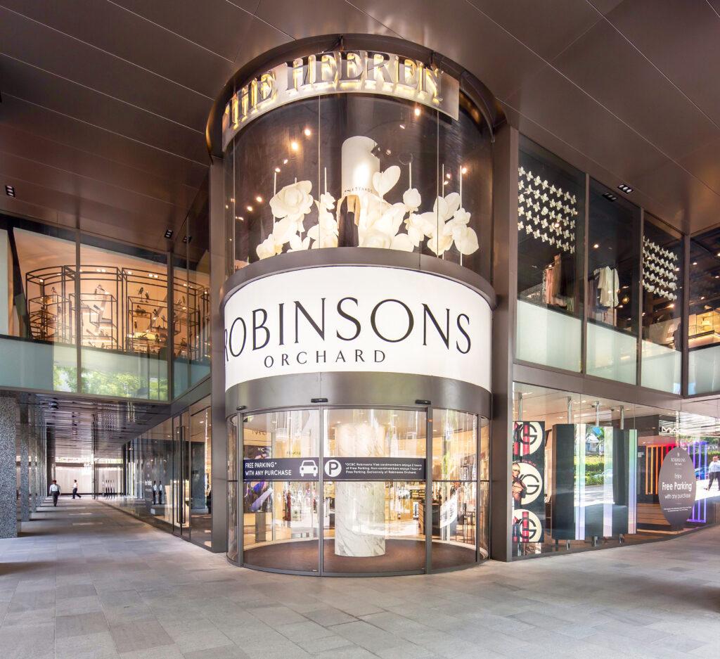 The Heeren Mall in Singapur: Automatische Rundschiebetüren – Barrierefreiheit und Eleganz beim Shopping-Erlebnis