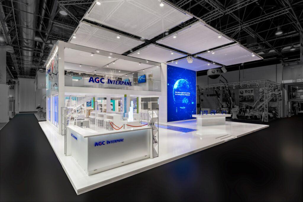 Viel Platz für gute Gespräche: Der neue Messestand von AGC Interpane.