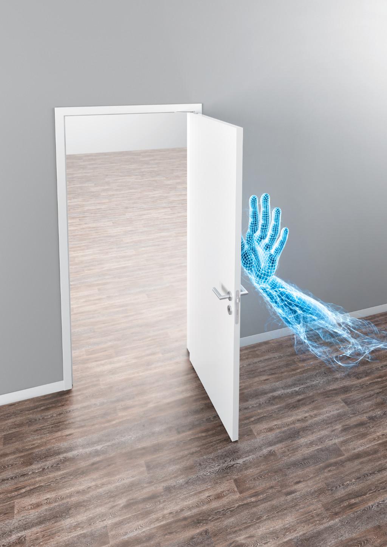 Komfortables Türöffnen und -schließen mit der Türdämpfung GEZE ActiveStop